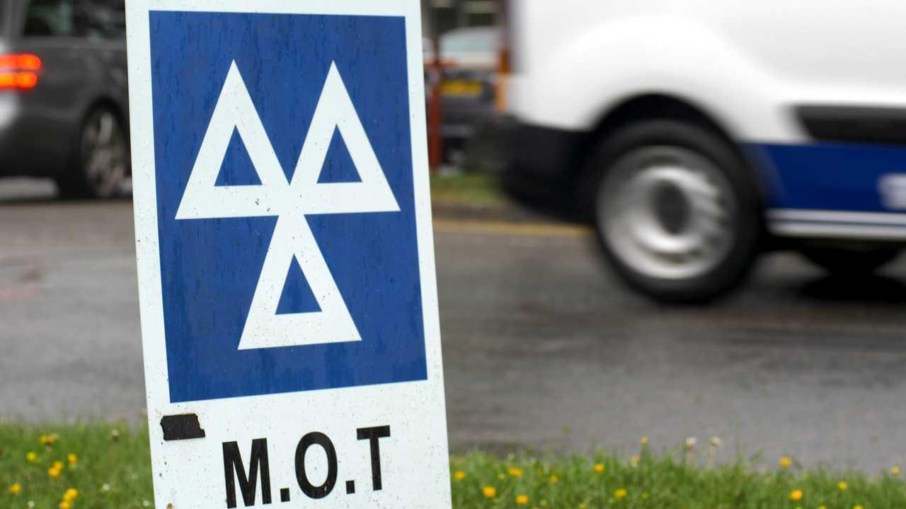 MOT service sign on British road