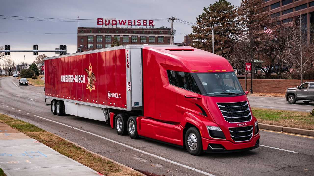 Nikola One hydrogen fuel cell truck in Anheuser-Busch fleet
