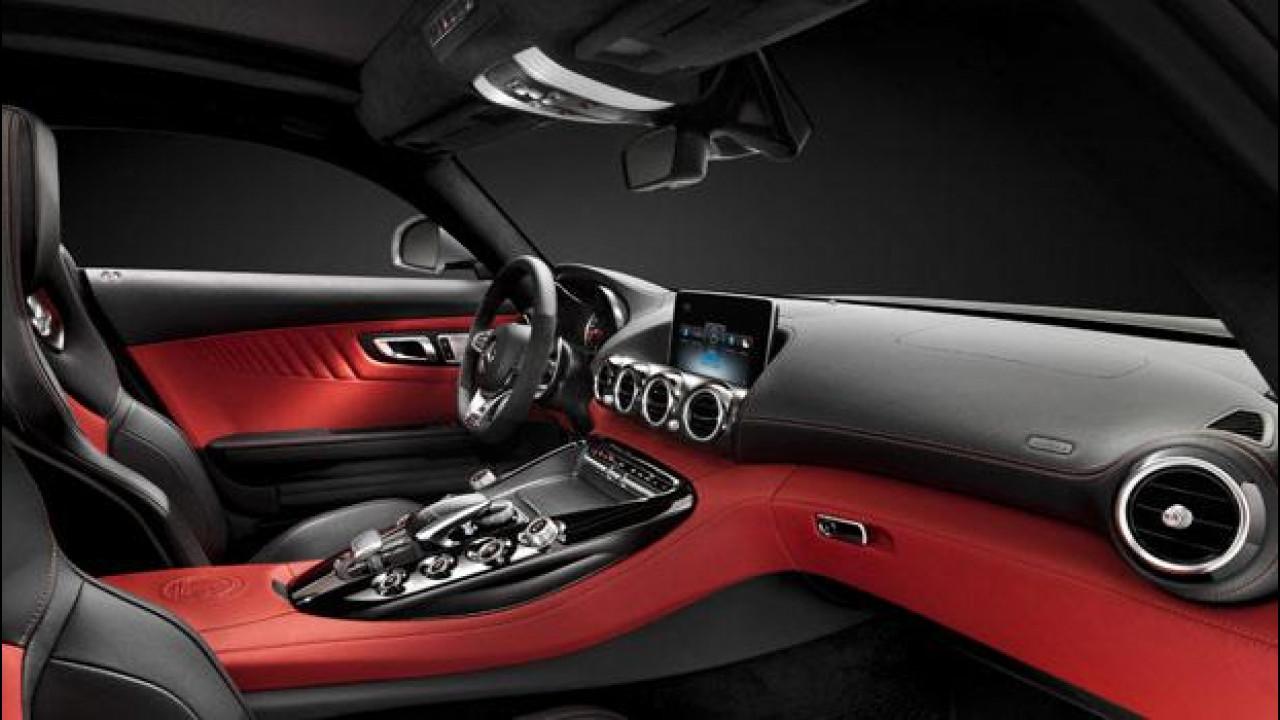 [Copertina] - Mercedes-AMG GT, supersportiva con stile