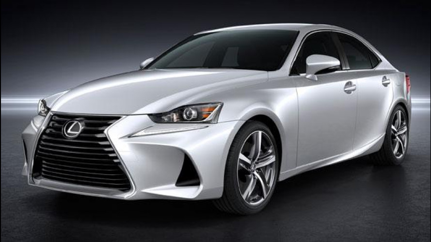 Lexus IS, restyling dai piccoli cambiamenti