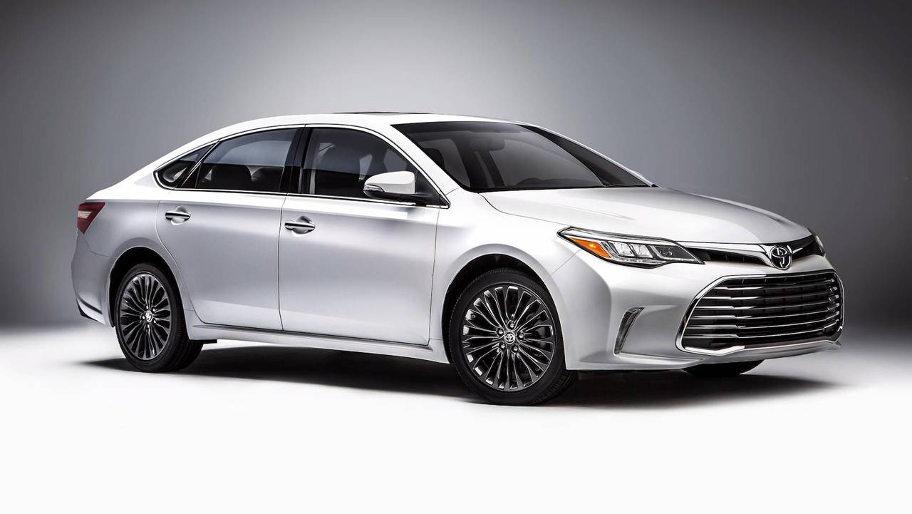 3. Large Cars: Toyota Avalon