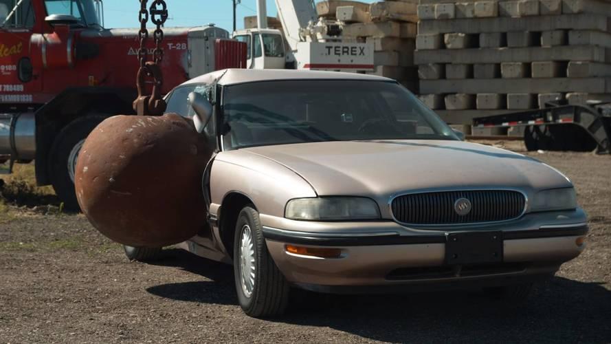 4 tonluk yıkım güllesinin otomobiller üzerine nasıl bir etkisi olur?
