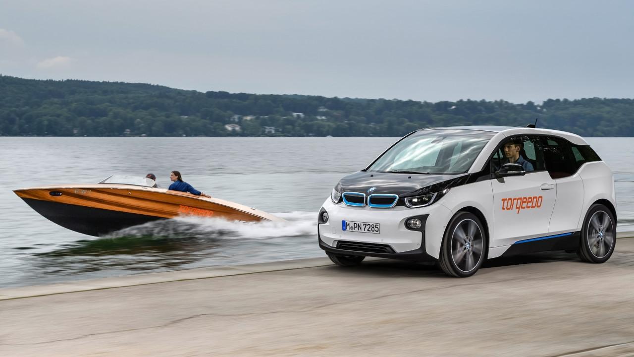 [Copertina] - Le auto elettriche BMW motorizzano barche a zero emissioni