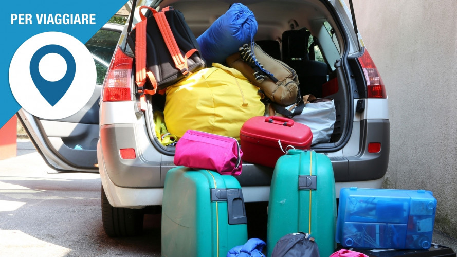 Viaggi in auto, le 10 cose da fare prima di partire