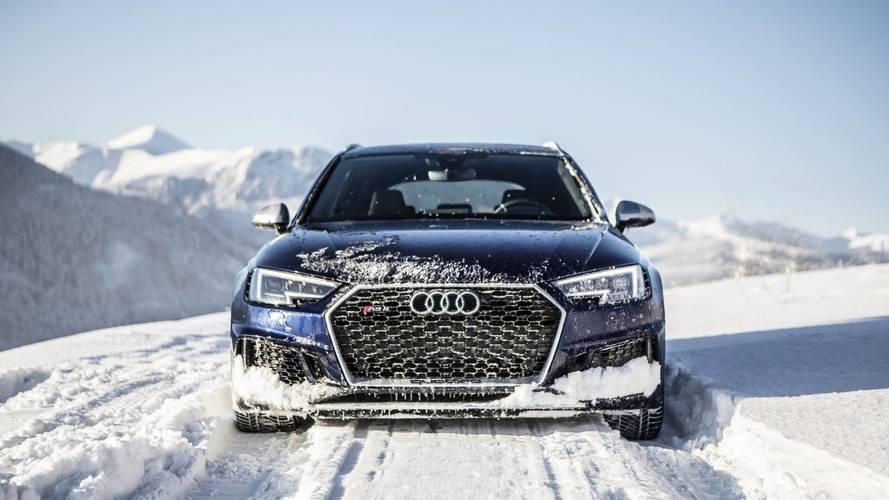4 nesil Audi RS4, pist üzerinde buluştu