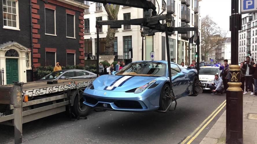 Nem csak a szabálytalan parkolás szólt a Ferrari 458 Speciale Aperta lefoglalása mellett