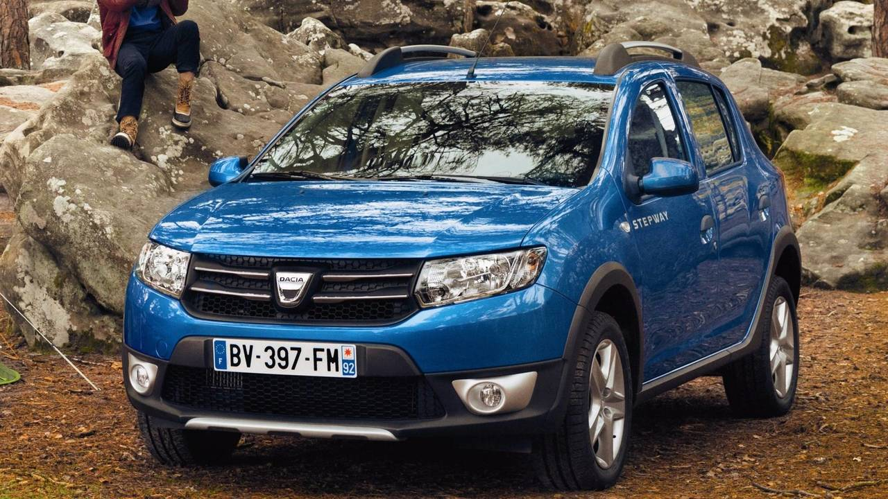 2- Dacia Sandero Stepway Turbo 90 bg Easy-R