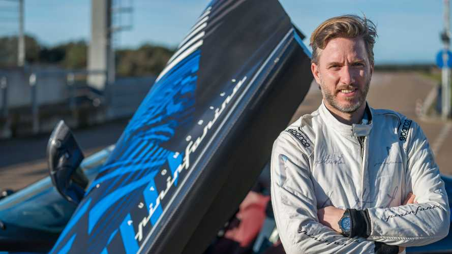 El Pininfarina Battista sale a la pista de Nardò con Nick Heidfeld