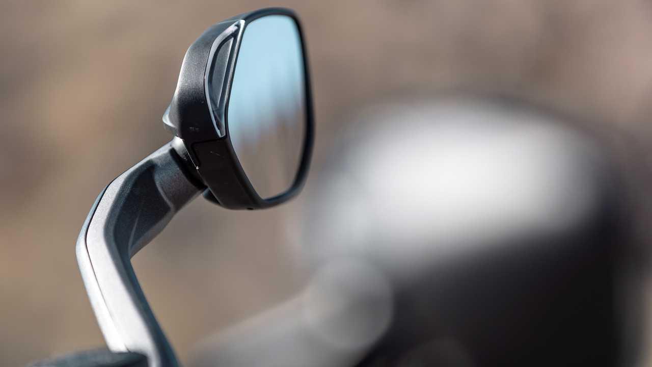 2021 Ducati Multistrada V4 S - Mirror