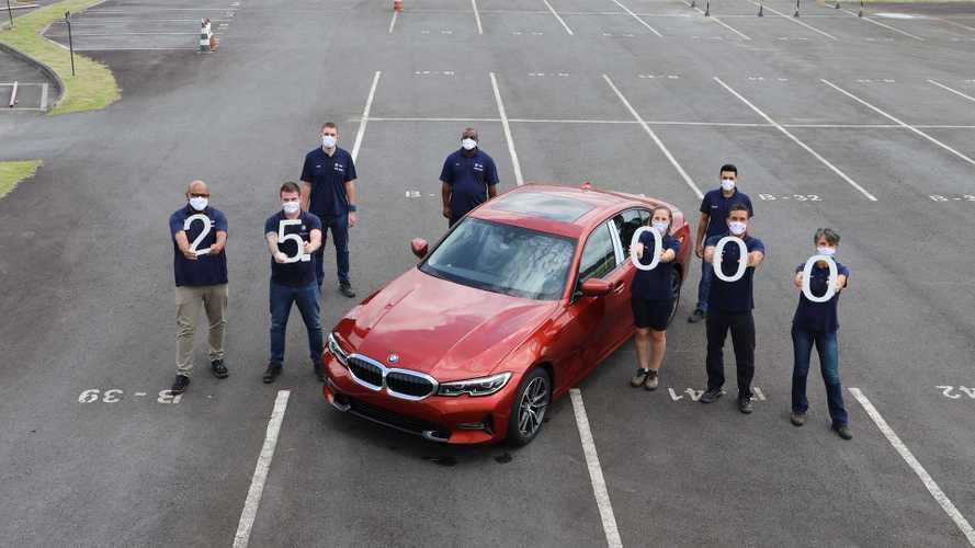 BMW Série 3 chega a 25.000 unidades produzidas no Brasil
