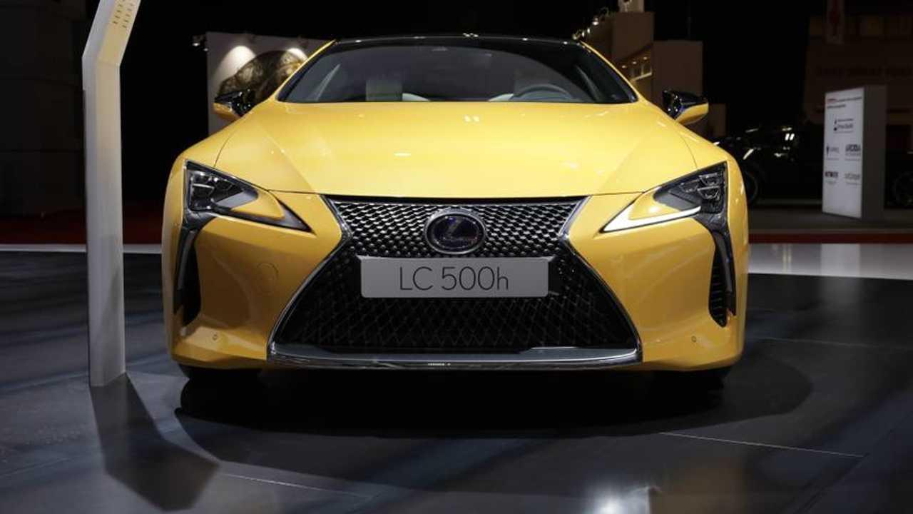 Lexus LC 500h Yellow Edition en el salón de París