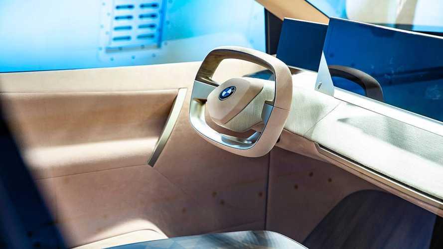 Vision iNext tanulmányának képességeit szemlélteti Las Vegasban a BMW