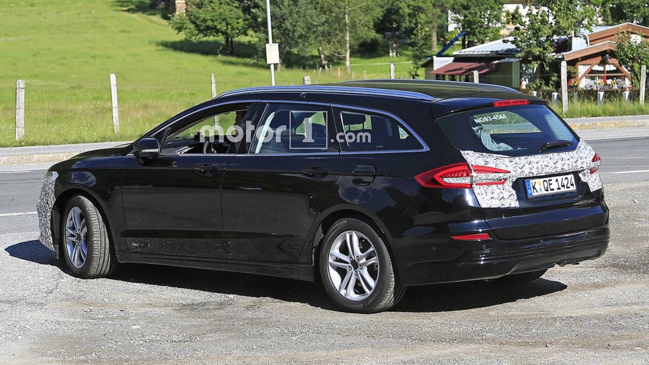 Flagra: Ford Mondeo Wagon facelift