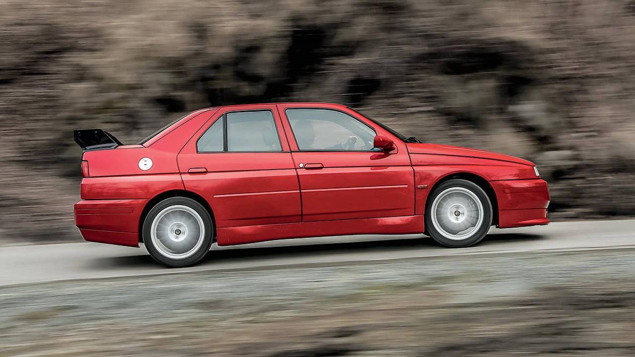 1993 Alfa Romeo 155 GTA Stradale – to be auctioned