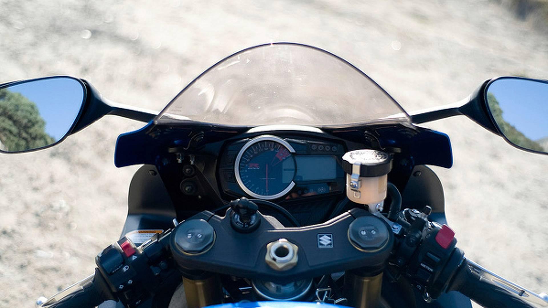 2011 Suzuki GSX-R 750: too good for squids