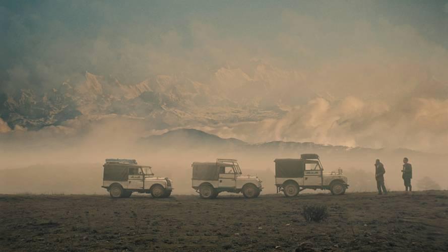 Klasik Land Rover'lar Himalaya Dağları'nda