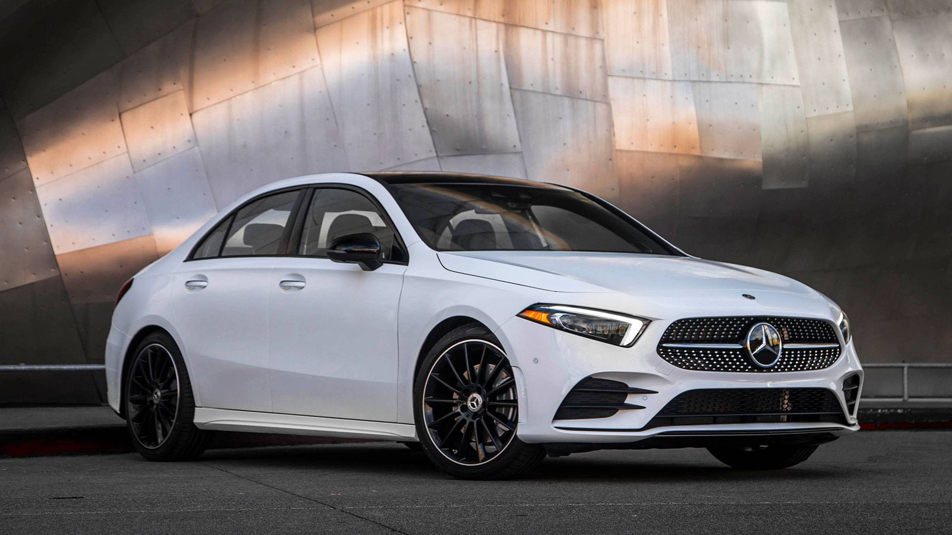 Mercedes Benz A Class >> 2019 Mercedes Benz A Class First Drive Sour Patch Wunderkind