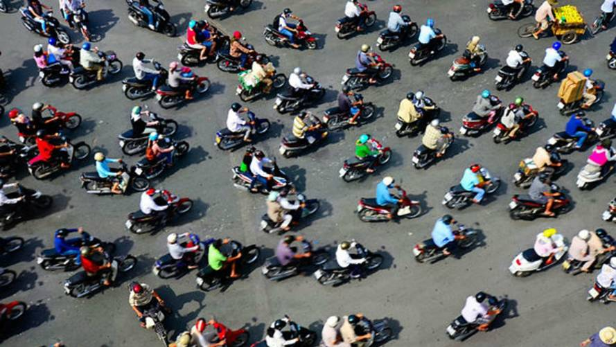 When everyone rides scooters, this is what traffic looks like