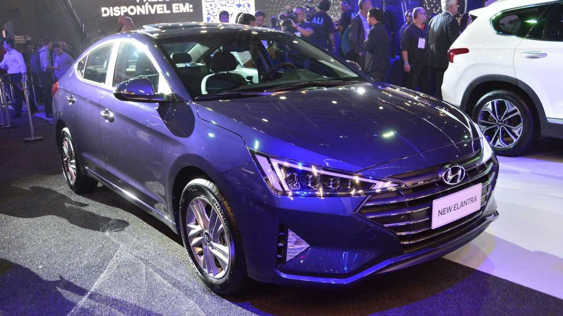 Salão de SP: Hyundai Azera, Elantra e Santa Fe são confirmados para 2019 Hyundai-azera-elantra-e-santa-fe-salao-de-sp-2018