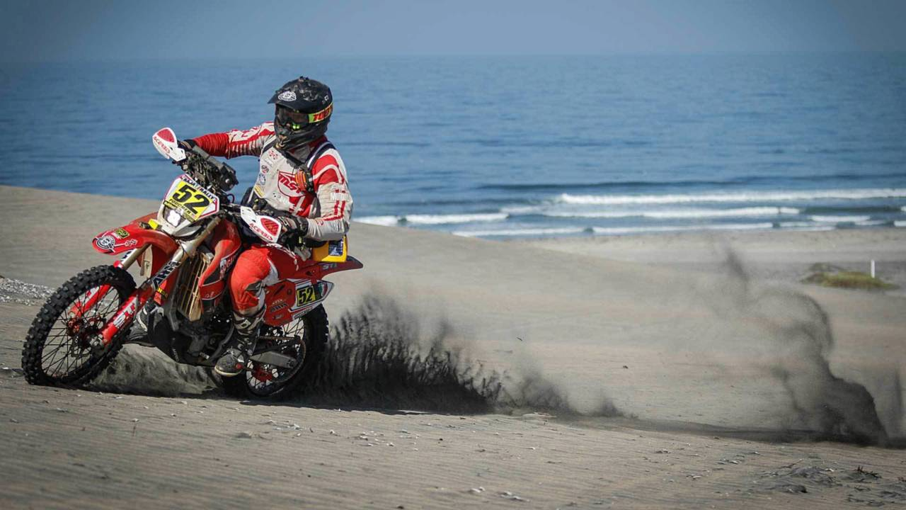 Perpetual Motion: Building and Racing a Budget Rally Bike