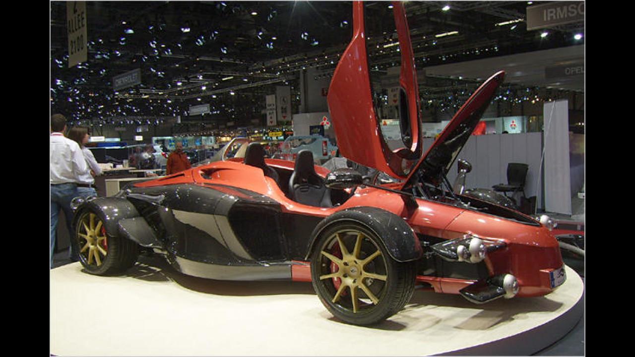 Die spanische Firma Tramontana zeigte eine zweisitzige Sportwagenstudie mit 720 PS starkem V12-Motor