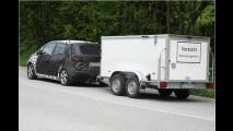 Erwischt: Kia-Minivan