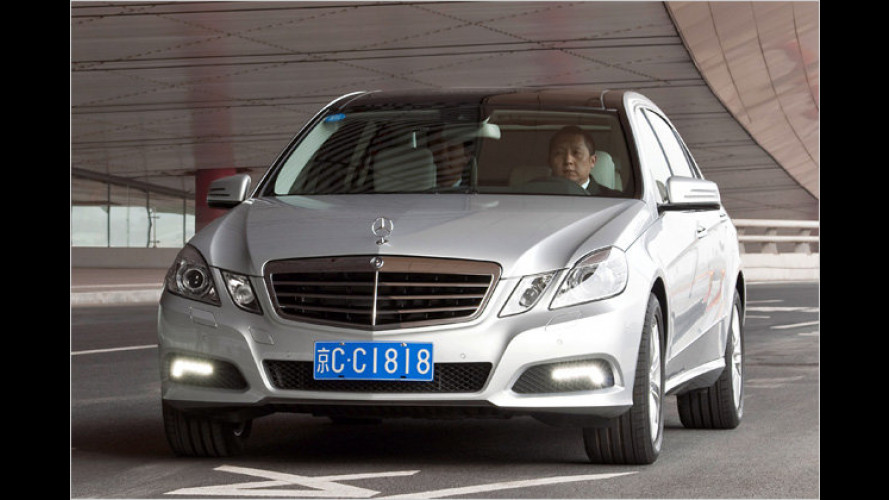 Premiere in Peking: Mercedes E-Klasse als Langversion