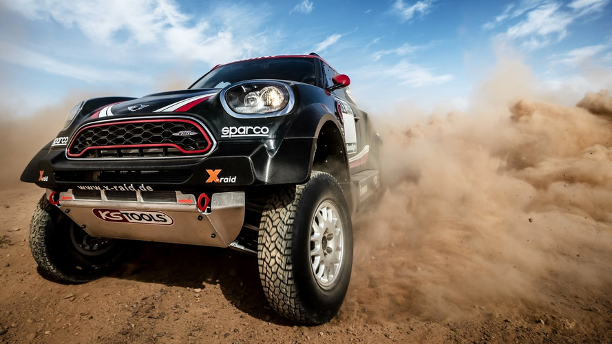 Mini mostra carro do Dakar 2017 em vídeo 360º