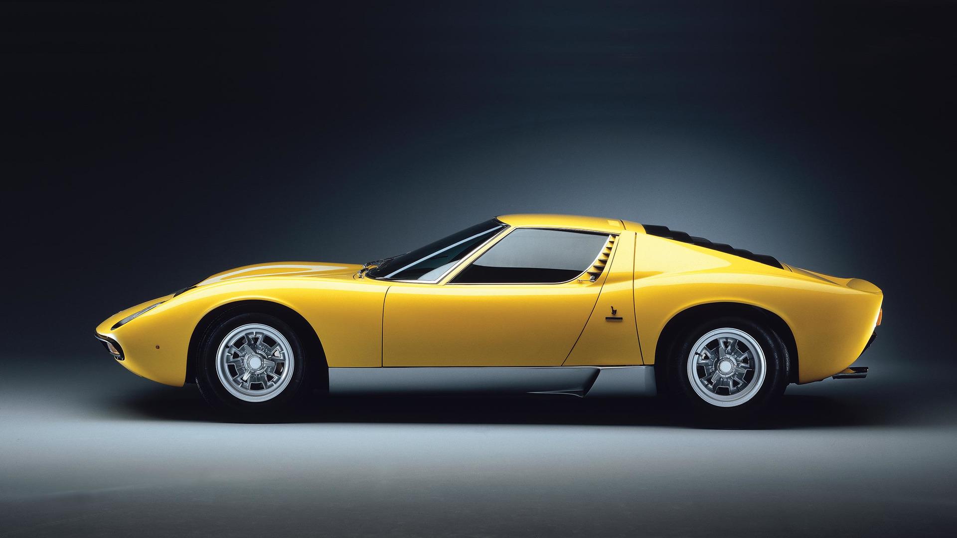 Celebrate Lamborghini Miura S Late Creator With A Great Gallery Video