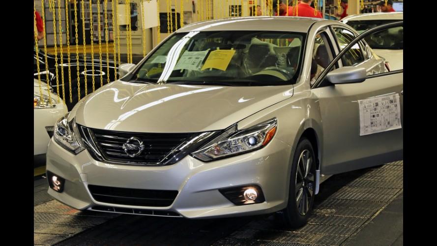 Novo Nissan Altima, que deve inspirar facelift do Sentra, começa a ser produzido