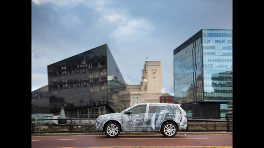 Land Rover Discovery Sport, svelati i sette posti