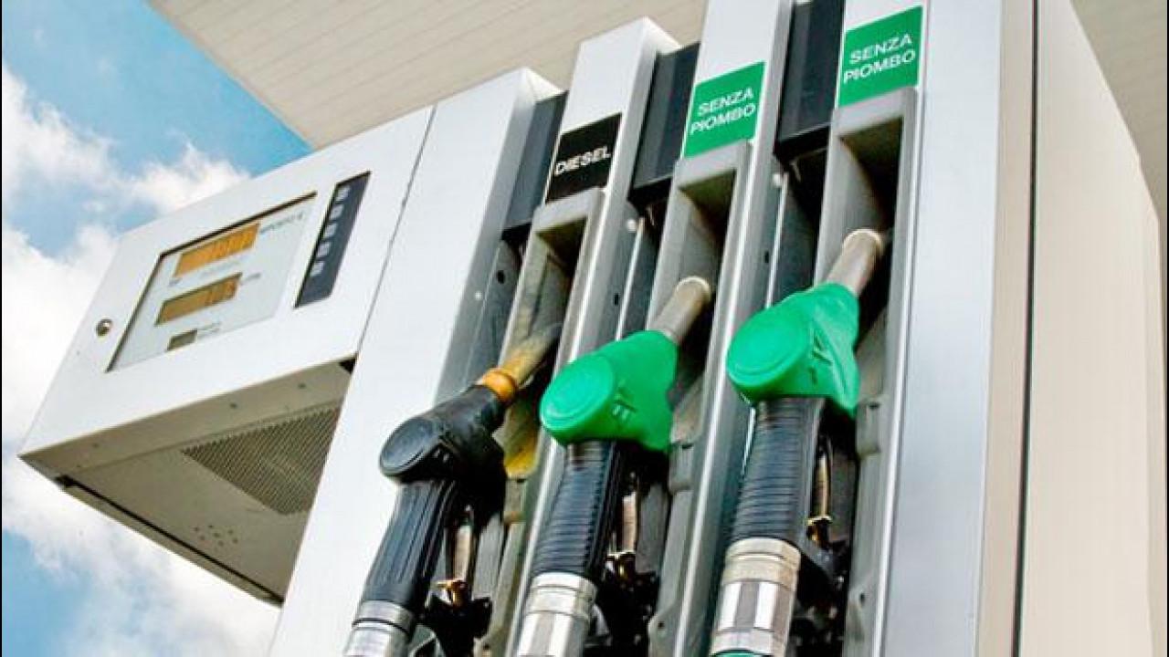 [Copertina] - Prezzi benzina, aumenti in vista per ferragosto