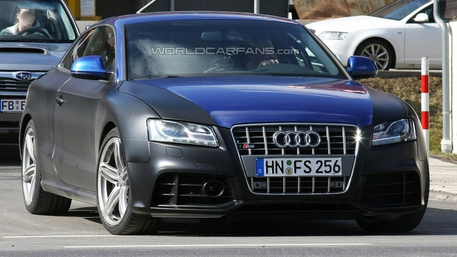 Audi RS 5 Spied Heading to Nurburgring