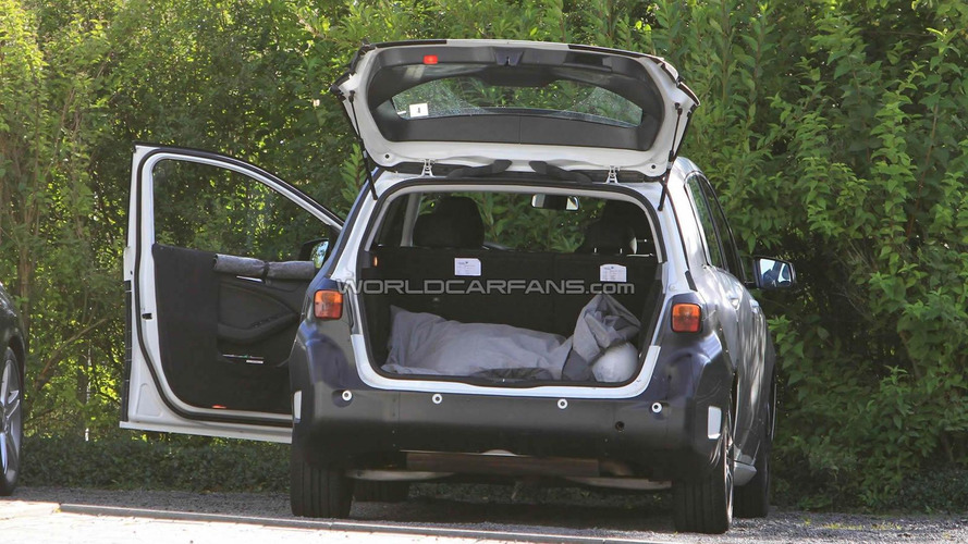 2012 Mercedes B-Class spied with doors open