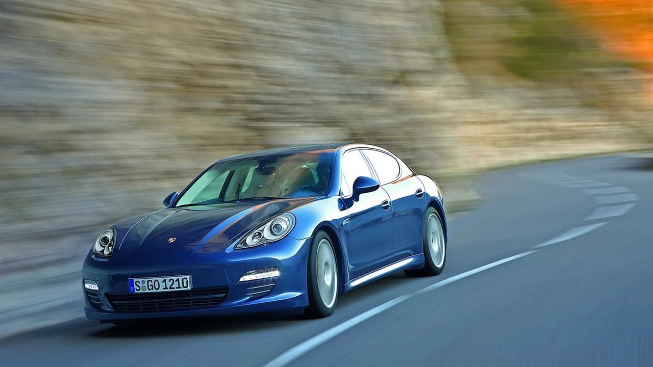 2010 Porsche Panamera Interior Shots Officially Released