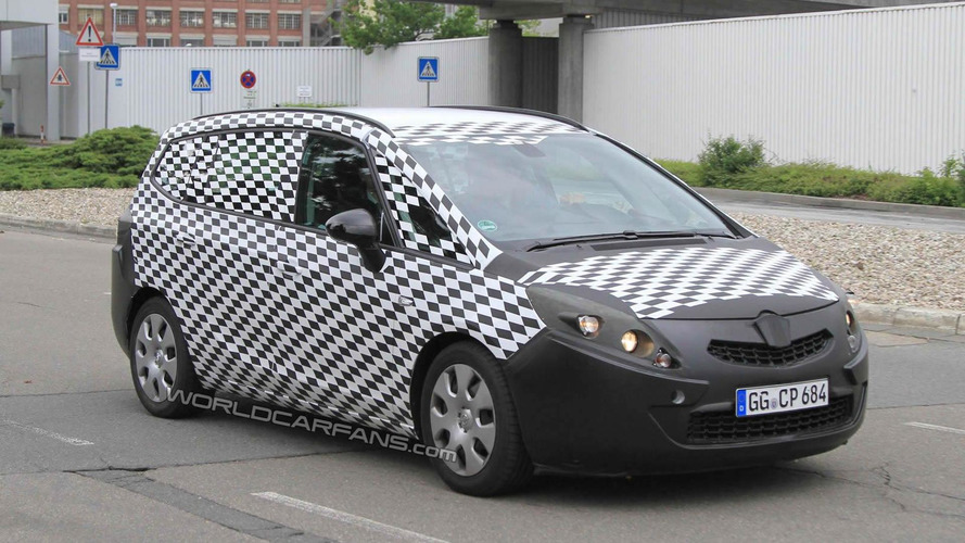 2012 Opel Zafira spied testing