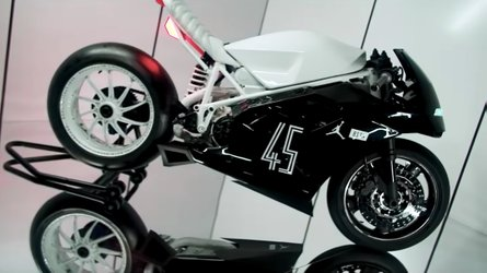 Air Jordan-Inspired Ducati 916 Is A Blast From the 90s