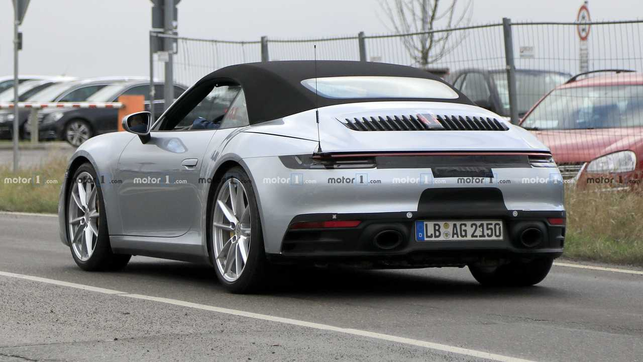 Novo Porsche 911 Cabrio - Flagra
