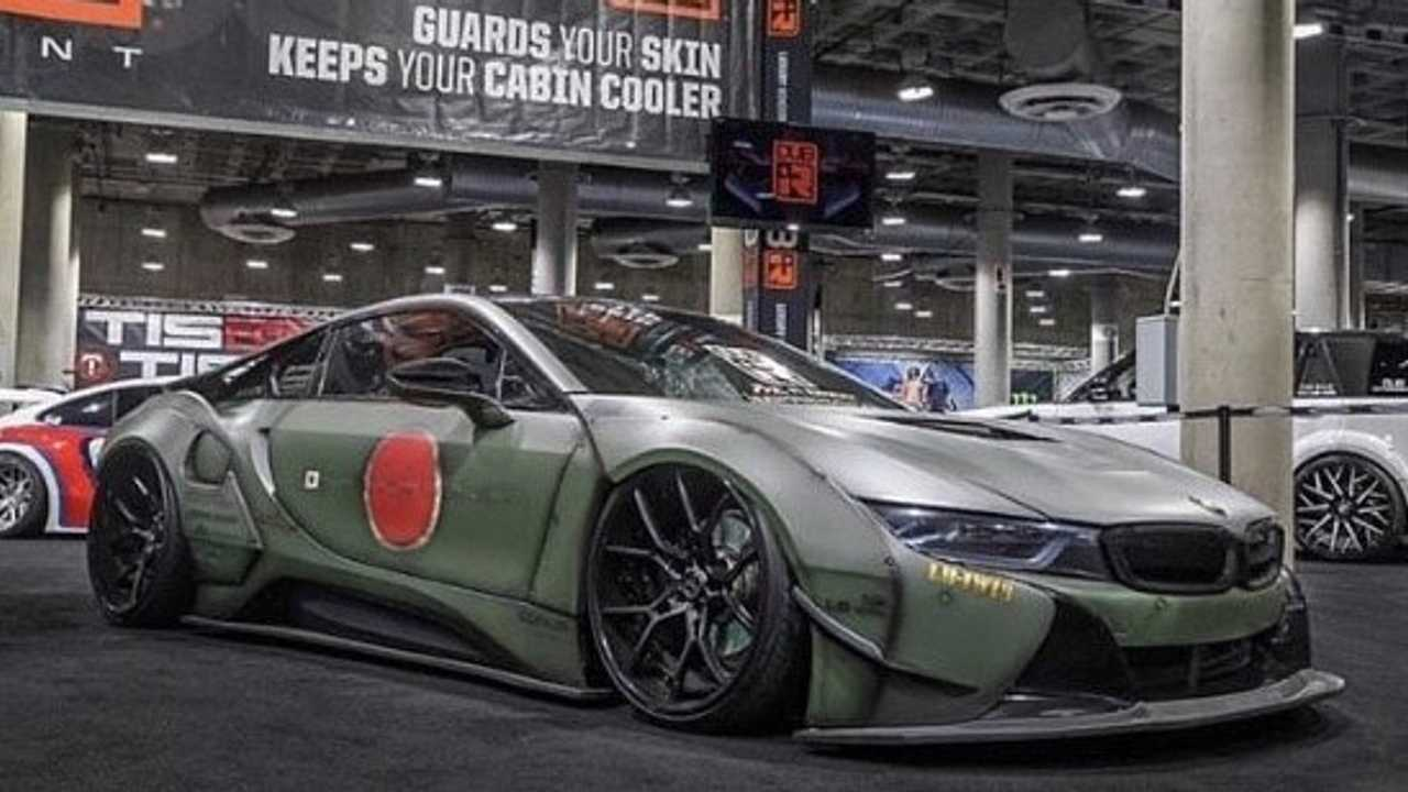 Liberty Walk BMW i8