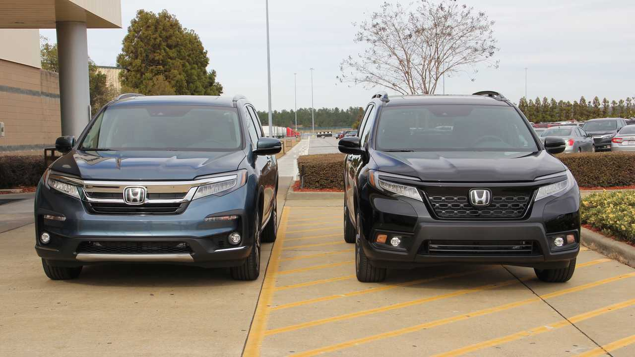 2020 Honda Passport Interior, Specs & Price >> See The Differences 2019 Honda Passport Versus 2019 Honda Pilot