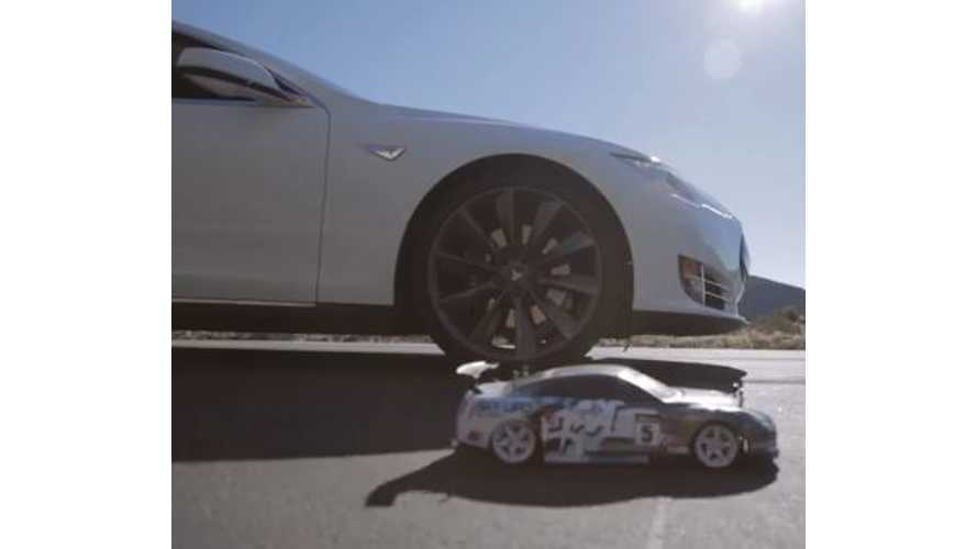 Video: Tesla Model S P85 Takes on Remote Control Cars