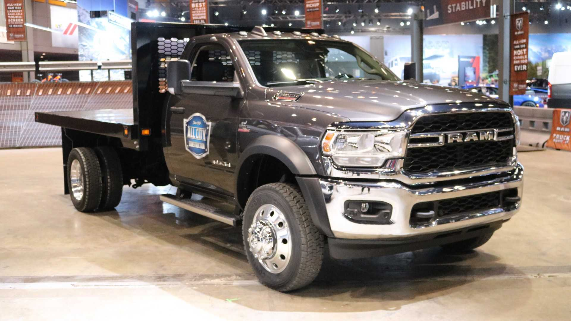 2019 ram chassis cab combines fresh face with luxury and power Dodge Ram 5500 Long Hauler