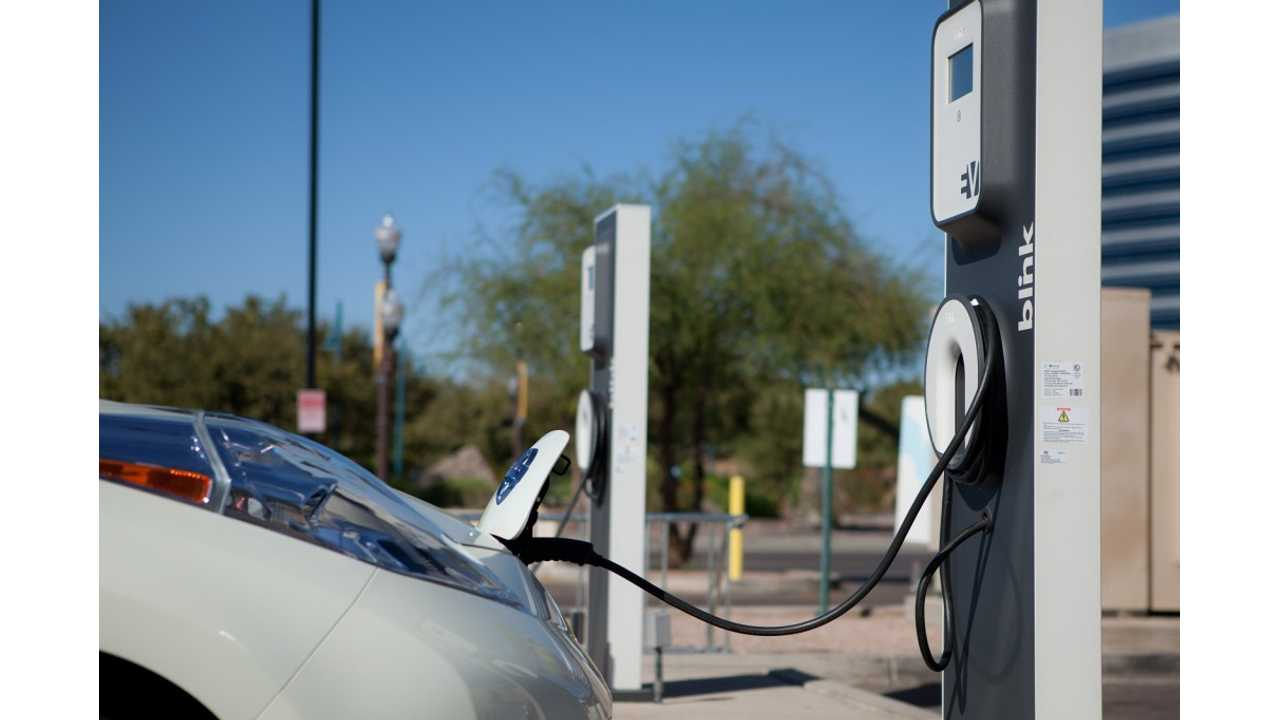 CarCharging Grows By Thousands Of Percents, But Still Reports A Loss Of $24 Million in 2013