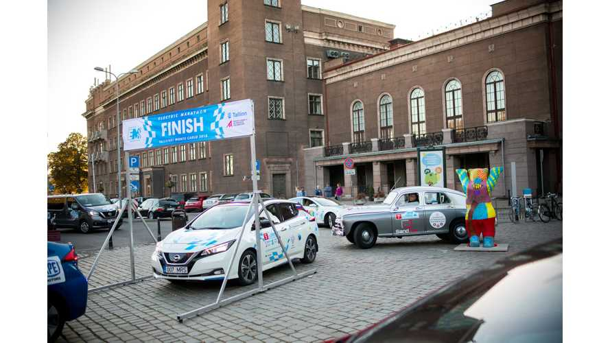 Fleet Of Nissan LEAFs Support Electric Marathon