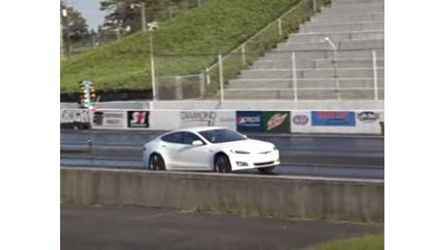 Tesla Model S P90DL Zips Down 1/4 Mile In New Best 10.8 Seconds - Video