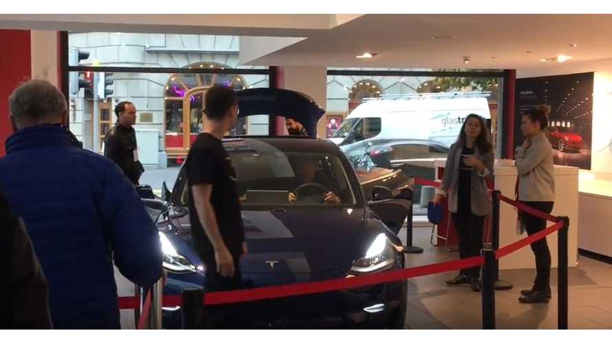 Tesla Model 3 Arrives In Italy, Plus Long Lines Form To See 3 In Germany