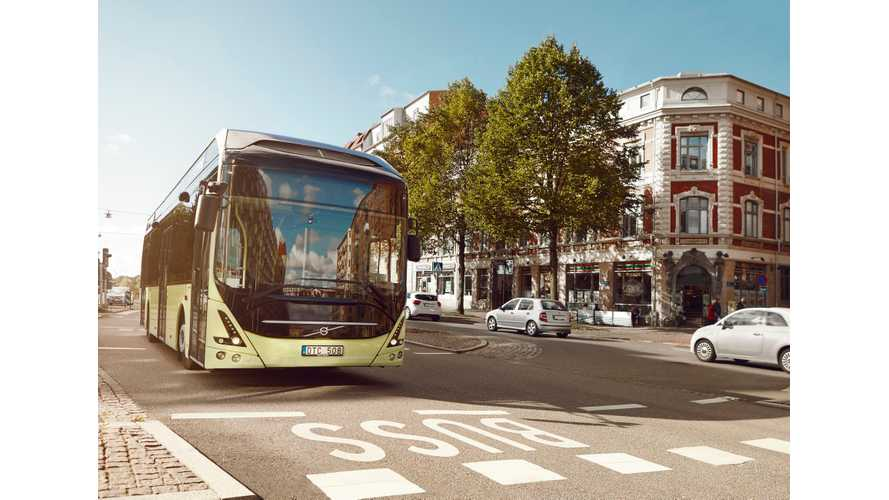 Volvo 7900 Electric Joins 7900 Plug-In Hybrid Bus