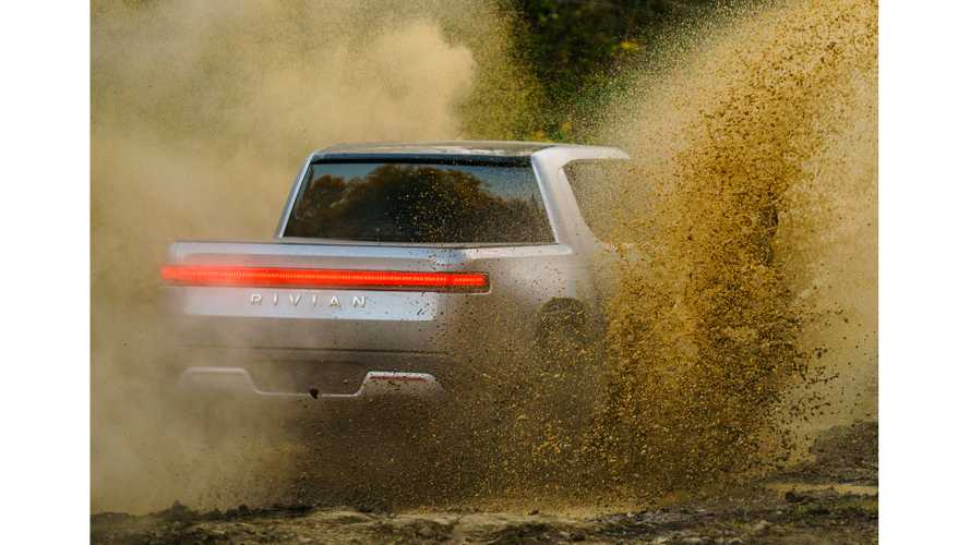 Watch Rivian R1T Electric Pickup Truck Do Some Proper Off-Roading