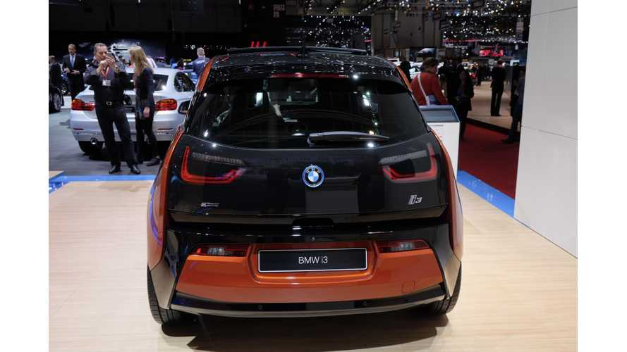 Bloomberg Reviews BMW i3 - Video