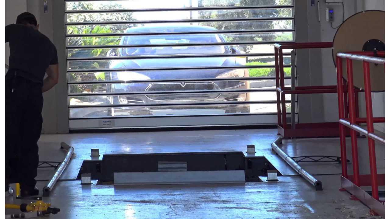 Tesla Battery Swap - KmanAuto